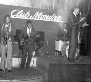 doubleday_club-mondre_1956