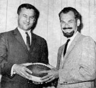 Van Amburg and Bill King were partners on Raiders radiocasts on KNEW in 1966 and 1967.